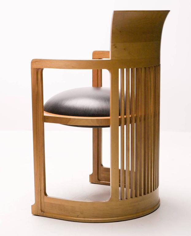 Cassina Taliesin Dining Table And Barrel Chairs Designed By Frank Lloyd Wright 3