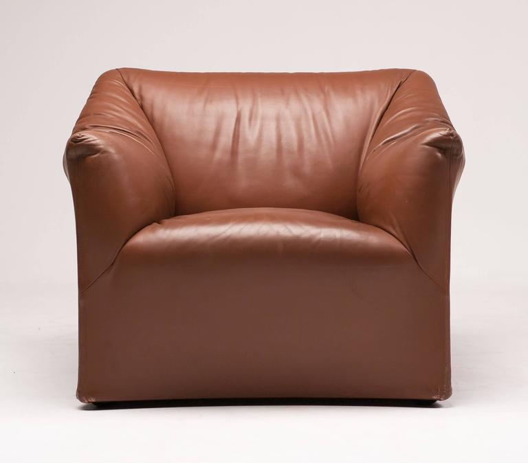 Mario Bellini for Cassina Pair of Leather Lounge Chairs 5