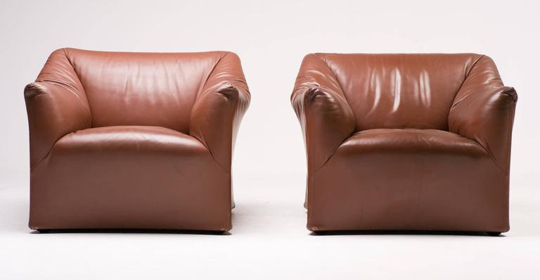 Mario Bellini for Cassina Pair of Leather Lounge Chairs 6