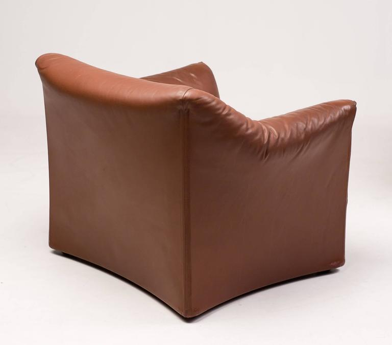 Mario Bellini for Cassina Pair of Leather Lounge Chairs 2