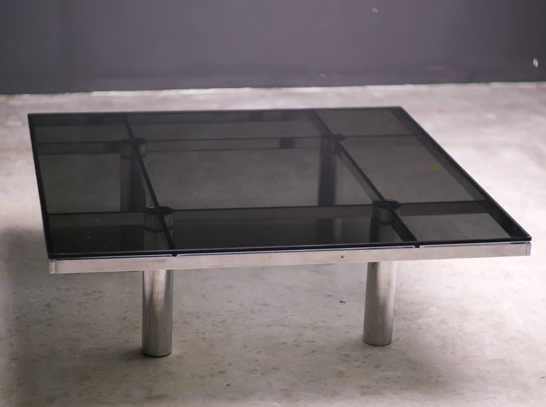 American Andre Coffee Table Designed by Afra and Tobia Scarpa for Knoll International For Sale