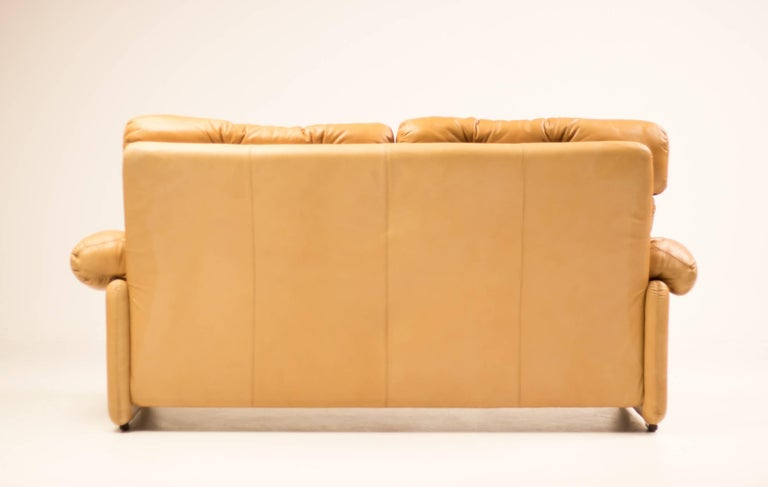 Coronado Leather Loveseat by Tobia Scarpa for B&B Italia In Excellent Condition For Sale In Dronten, NL