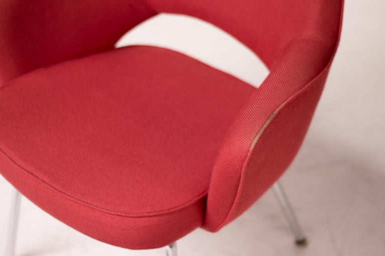American Set of Four Saarinen Executive Armchairs by Knoll International For Sale