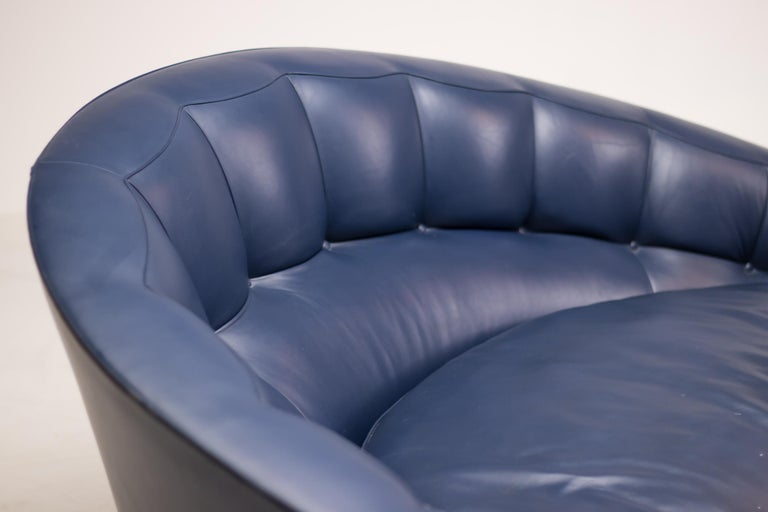 Blue Leather Aladino Sofa by Massimo Scolari for Giorgetti For Sale 3