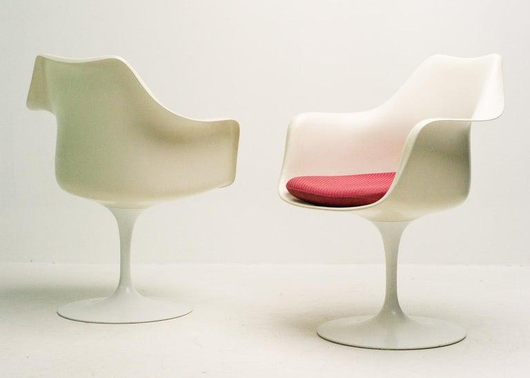 Mid-20th Century Early 1950s Set of Saarinen Model 150 Tulip Armchairs For Sale