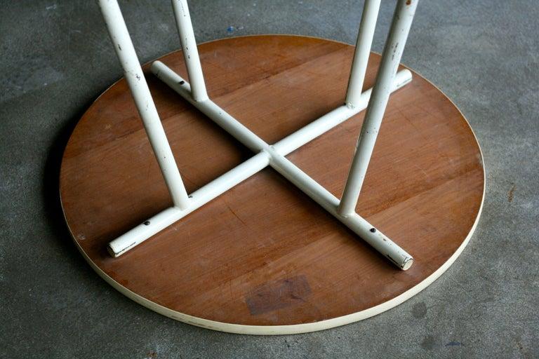 Mid-Century Modern Gispen Dutch Design Side Table For Sale