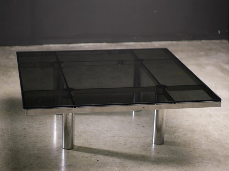 Mid-Century Modern Andre Coffee Table by Afra and Tobia Scarpa for Knoll International For Sale