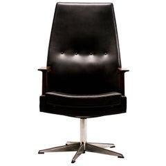 Scandinavian Leather Executive Desk Chair