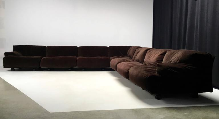 Very Large Modular Fiandra Sofa by Vico Magistretti for Cassina 7