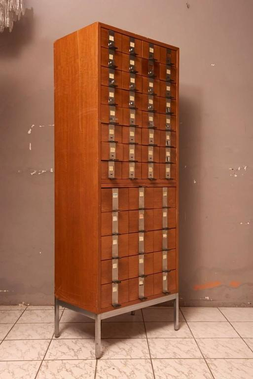 Massive Oak Cabinet with Drawers Designed by Kunstwerkstede de Coene In Good Condition For Sale In Antwerp, BE