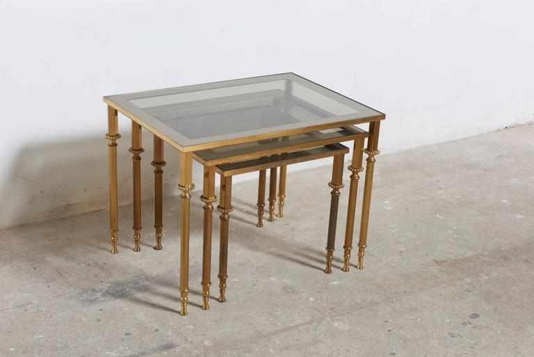 Neoclassical Set of Three French Mid-Century Brass and Glass Nesting Tables For Sale