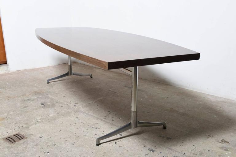 Large Wenge Conference-Dining Table, 1960s, Knoll International In Good Condition For Sale In Antwerp, BE