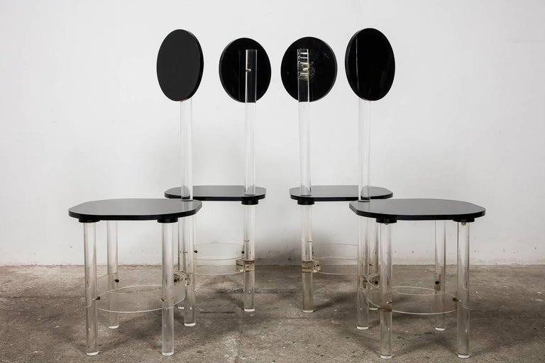 Mid-Century Modern Set of Four Black and Clear Sculptural Lucite High Back Dining Room Chairs 1970s For Sale