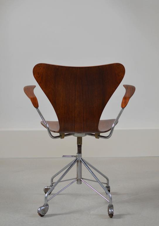 Rare Arne Jacobsen Rosewood Swivel Desk Chair with Arms 3
