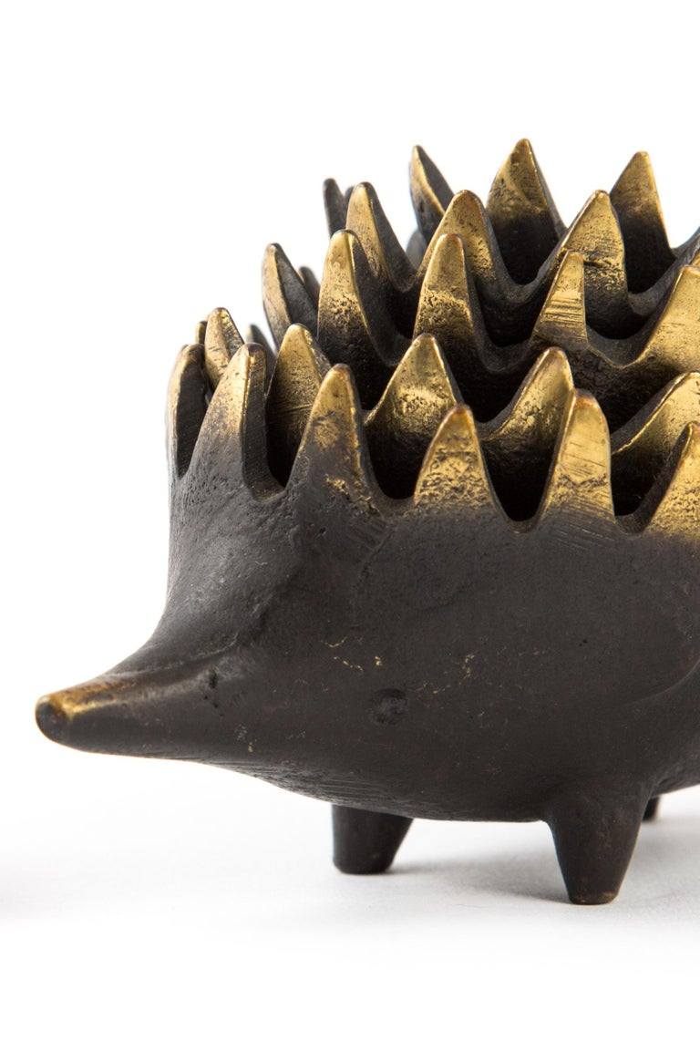 Hedgehog with Her Kids Walter Bosse Blackened Brass with Hertha Baller In Excellent Condition For Sale In LA Arnhem, NL