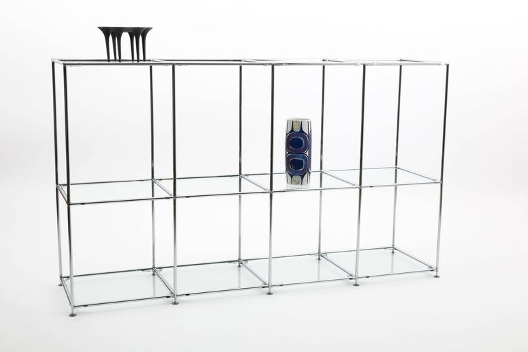 POUL CADOVIUS Abstracta room divider. The abstracta system designed by Poul Cadovius for the Royal system. The tubes are of chrome-plated steel, connection parts with rubber dots for soft connection with the glass. The system can be disconnected and
