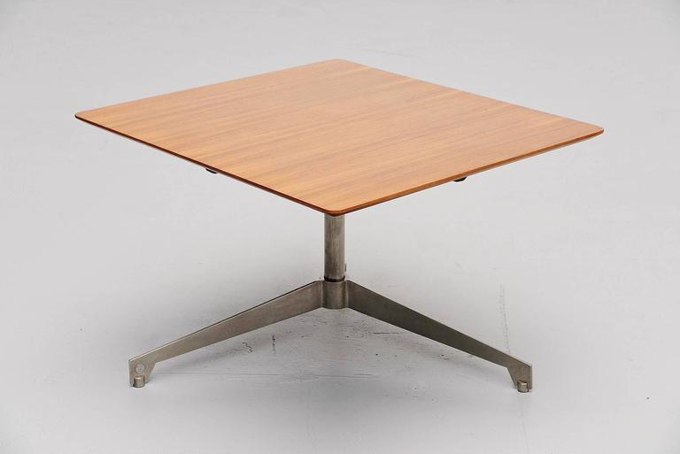 Italian Osvaldo Borsani Adjustable Table Tecno, Italy, 1960 For Sale