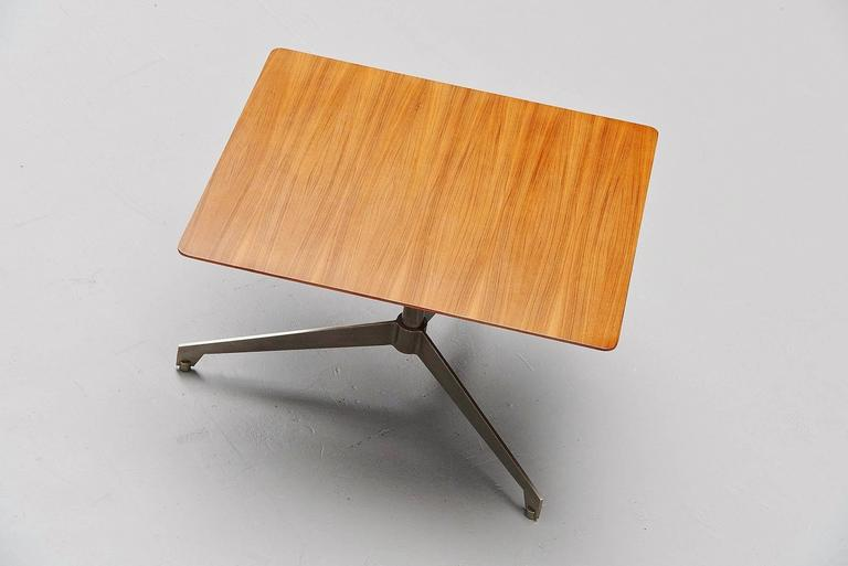Osvaldo Borsani Adjustable Table Tecno, Italy, 1960 In Good Condition For Sale In Roosendaal, Noord Brabant
