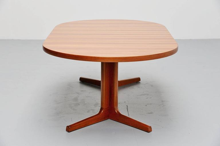 Teak Oval Dining Table Am Mobler Denmark For Sale At Stdibs - Teak oval extending table