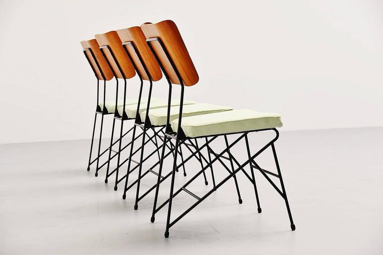 Carlo Ratti Dining Chairs for Legni Curva, Italy, 1950 3