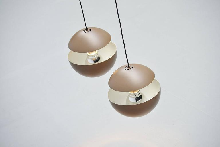 RAAK Pendants Fontaine Jaillissante by Betrand Balas, 1970 In Good Condition For Sale In Roosendaal, Noord Brabant