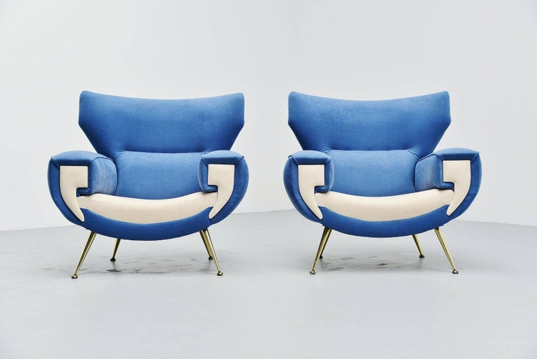 Mid-20th Century Large Italian Club Chairs in Velvet Upholstery, Italy, 1960 For Sale