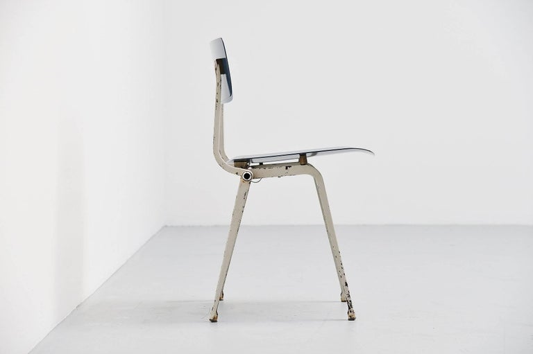 Friso Kramer Revolt Folding Chair for Ahrend de Cirkel, 1953 For Sale 2