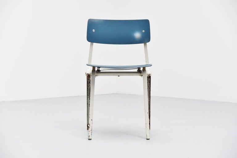 Cold-Painted Friso Kramer Revolt Folding Chair for Ahrend de Cirkel, 1953 For Sale