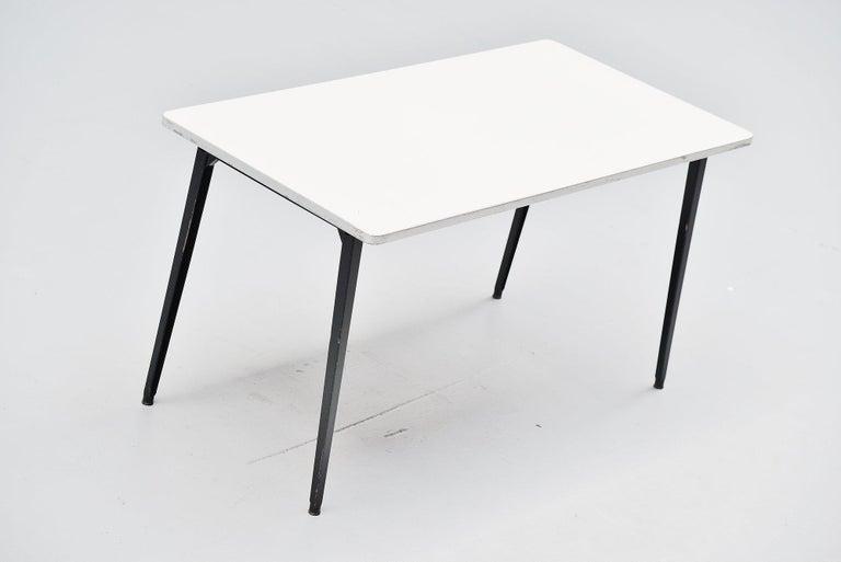 Dutch Friso Kramer Reform table Ahrend de Cirkel, 1955 For Sale