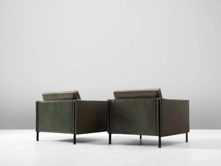 Dutch Pair of Armchairs by Pierre Paulin for Artifort  For Sale