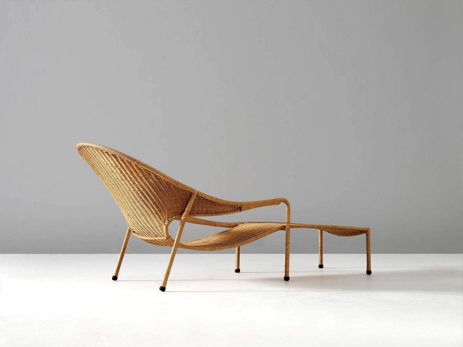 Francis mair wicker chaise longue for sale at 1stdibs for Cane chaise longue