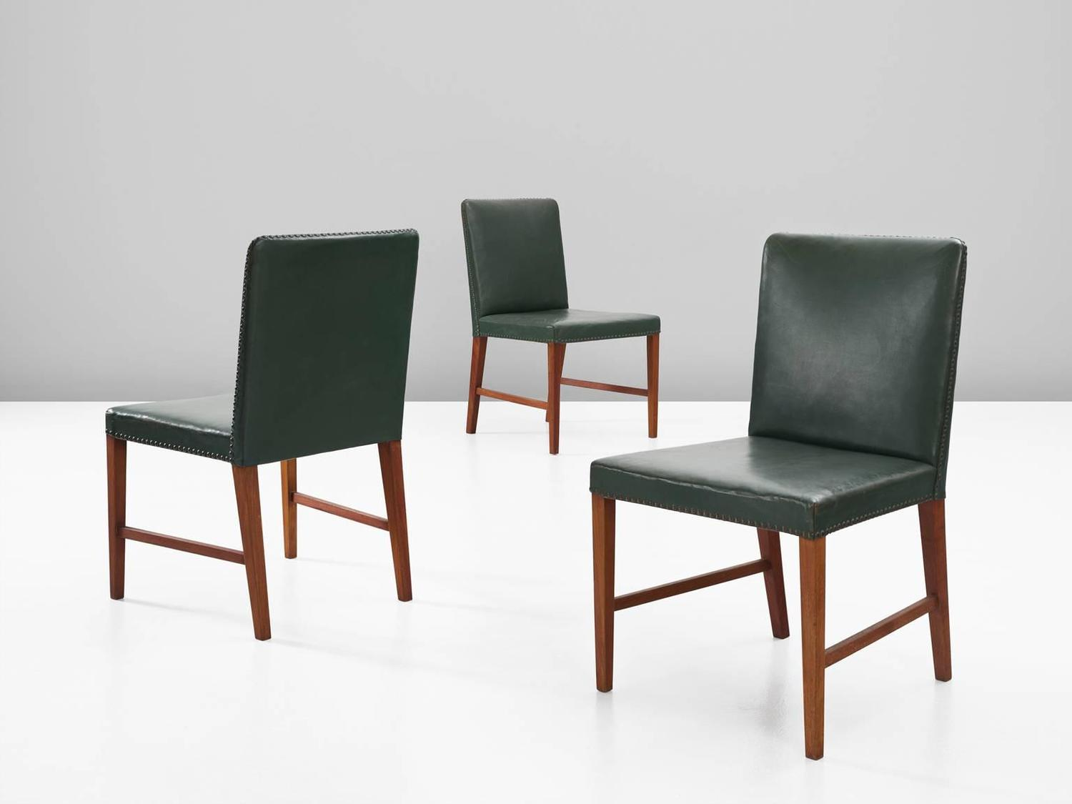 Illum Wikkels Set Of 12 Dining Chairs In Teak And Green