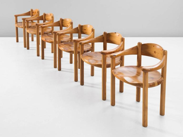 Charmant Mid Century Modern Rainer Daumiller Set Of Six Dining Chairs In Solid Pine  For Sale