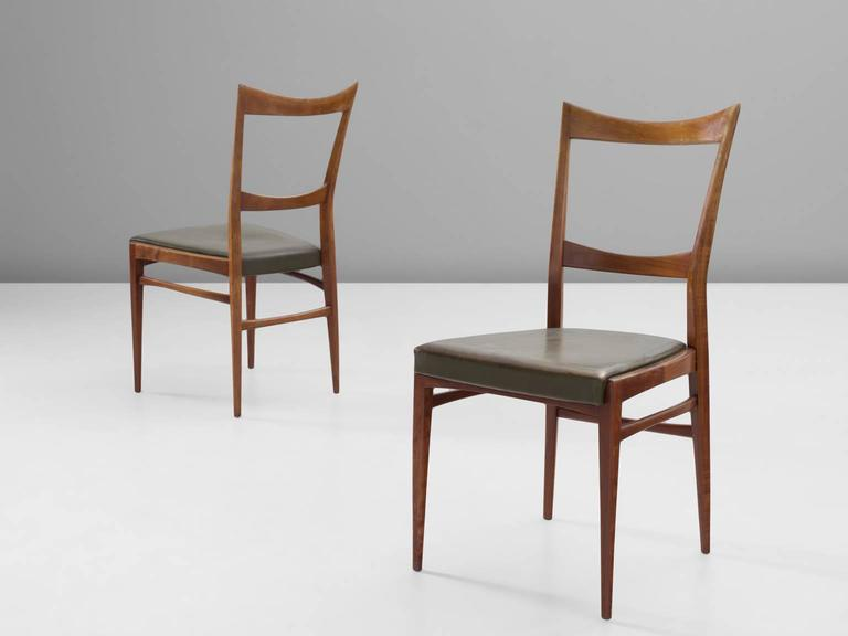 Scandinavian Dining Chairs in Walnut In Good Condition For Sale In Waalwijk, NL