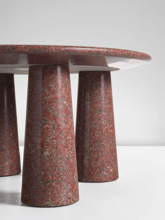 Architectural Stone Coffee Table in Balmoral Red In Good Condition For Sale In Waalwijk, NL