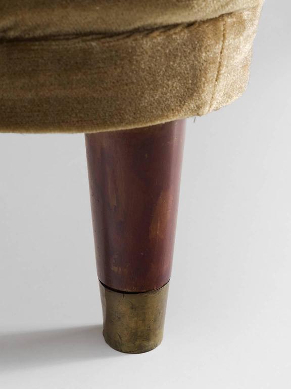 Danish Beige Settee with Brass Feet For Sale 1