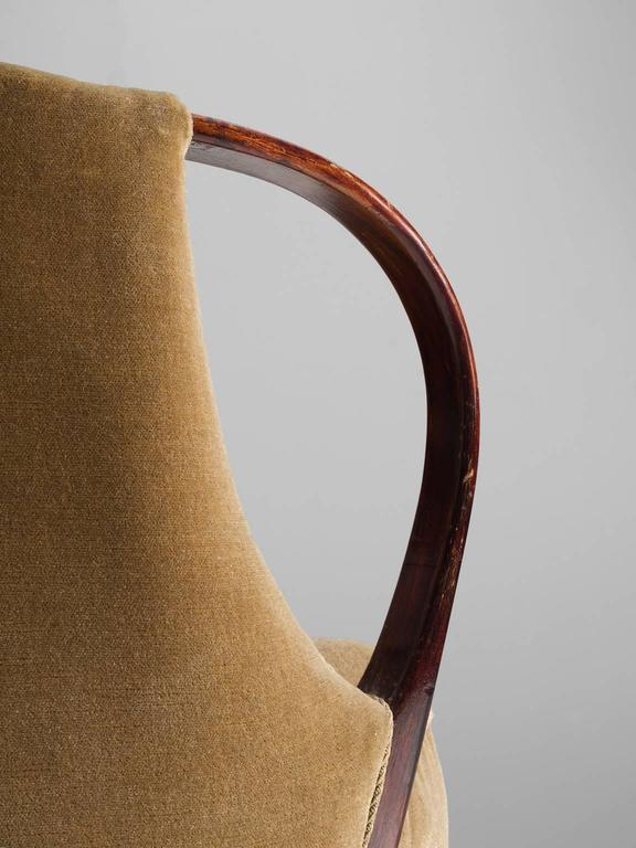 Mid-20th Century Danish Beige Settee with Brass Feet For Sale