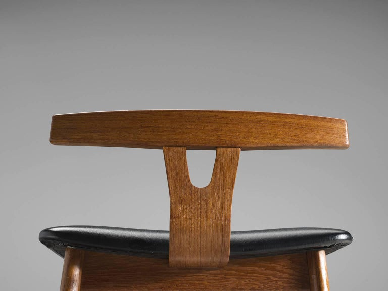Mid-20th Century Knud Bent Teak and Black Leather Barstools for Dyrlund For Sale
