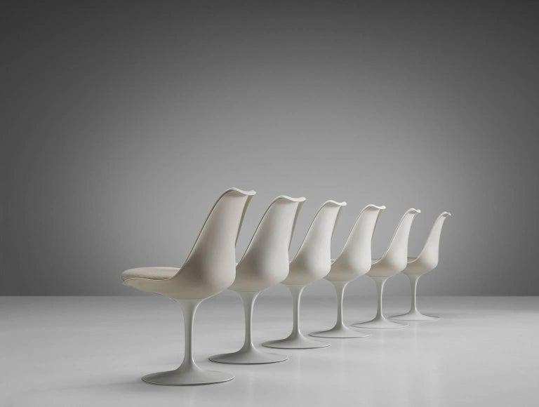Mid-Century Modern Eero Saarinen Set of Six Tulip Chairs for Knoll International For Sale