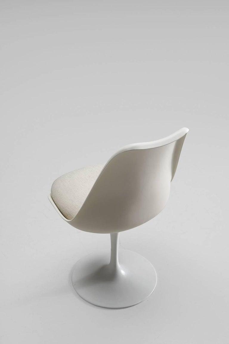 Eero Saarinen Set of Six Tulip Chairs for Knoll International For Sale 1