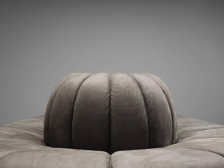 Custom-Made Luxurious Wittmann Sofa in Anthracite Leather For Sale 3