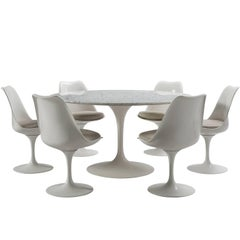 Luxurious Eero Saarinen Tulip Dining Set with in Leather and Marble