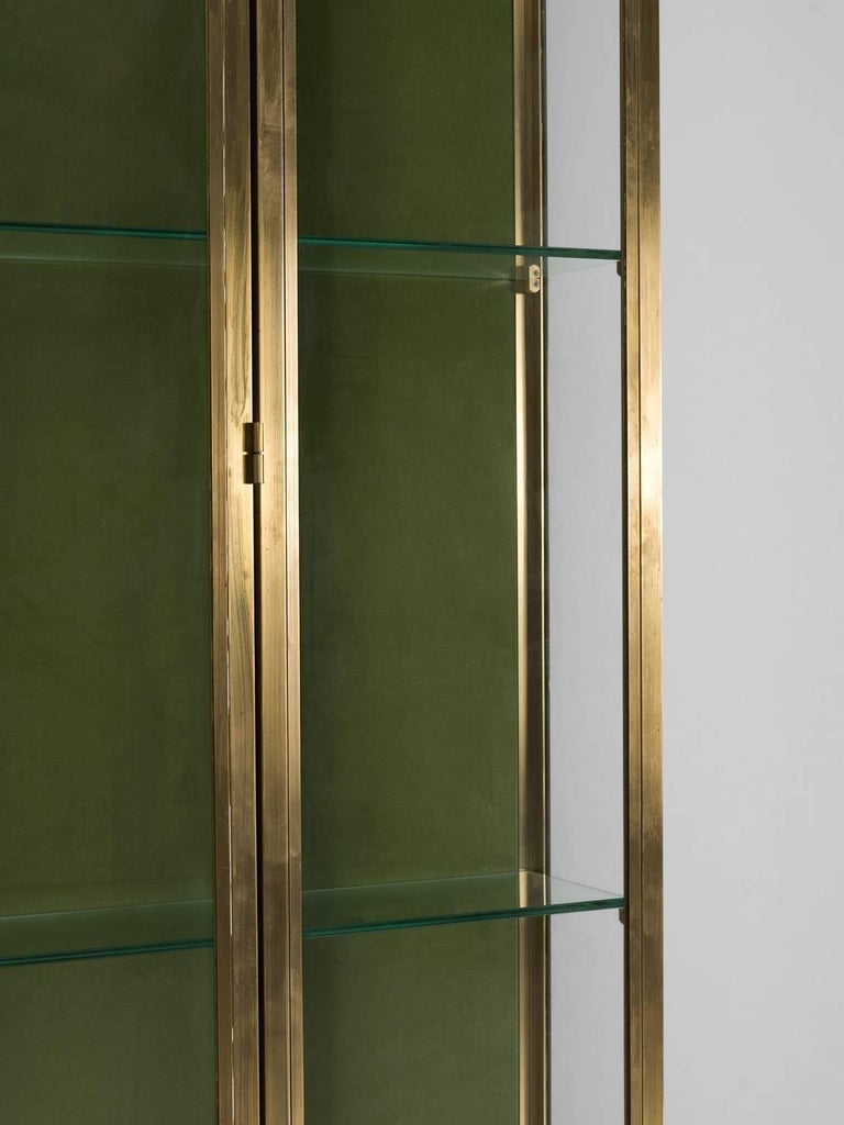 Art deco brass vitrines 1930s for sale at 1stdibs for Decoration vitrine