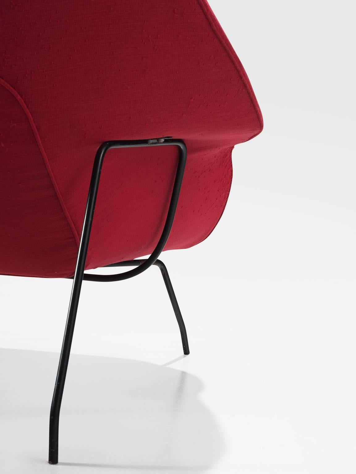 Metal Pair Of Womb Chairs By Eero Saarinen For Knoll For Sale