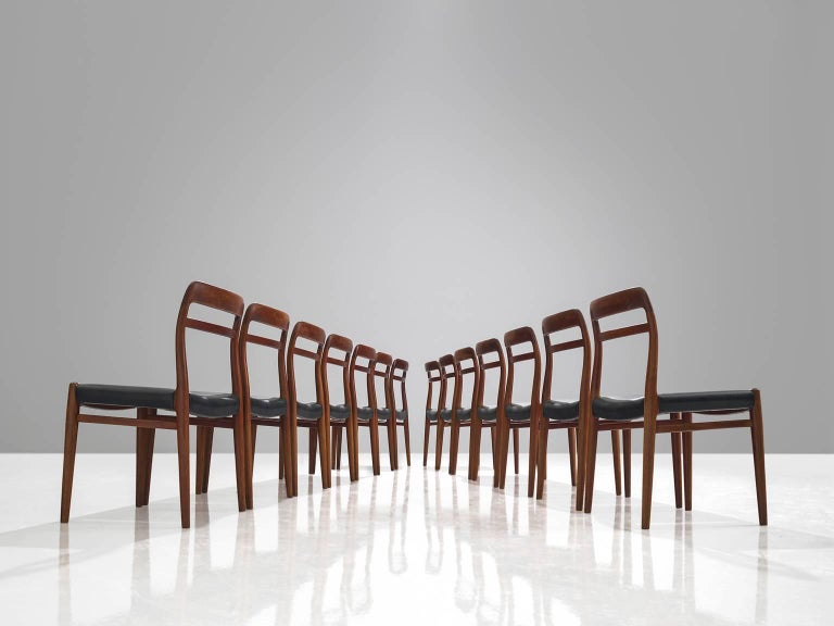 Large Set of 14 Norwegian Teak Dining Chairs by Alf Aarseth In Good Condition For Sale In Waalwijk, NL