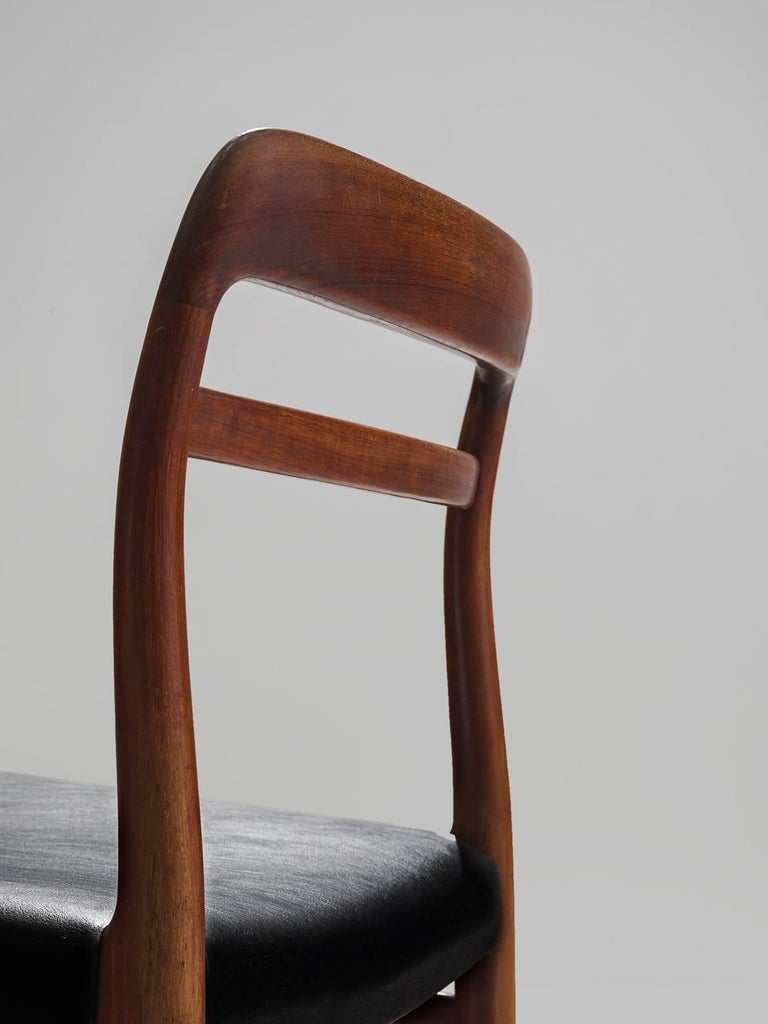 Large Set of 14 Norwegian Teak Dining Chairs by Alf Aarseth For Sale 1