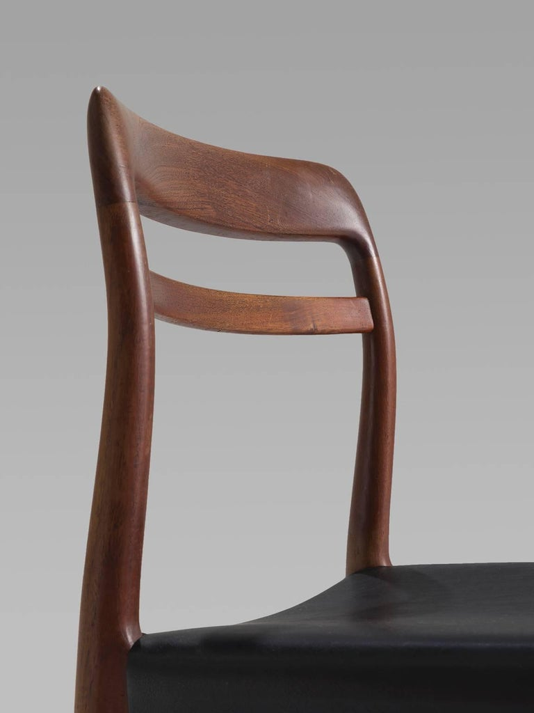 Large Set of 14 Norwegian Teak Dining Chairs by Alf Aarseth For Sale 2