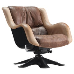 Yrjo Kukkapuro 'Karuselli' Lounge Chair in Brown Leather Upholstery
