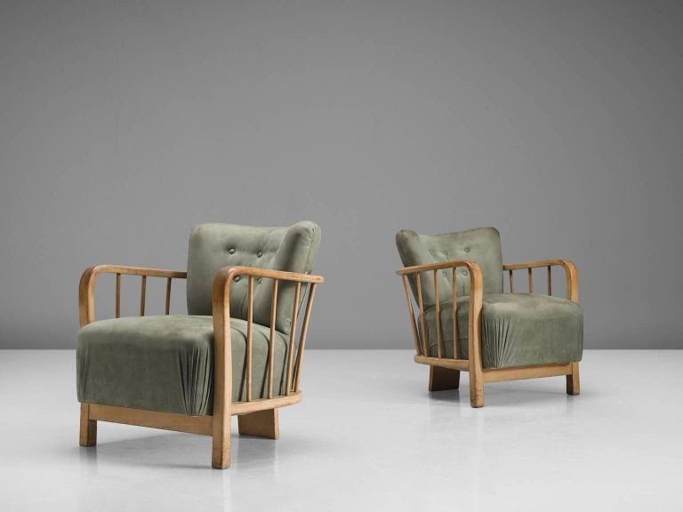 Midcentury Set of Two Sculptural Lounge Chairs In Good Condition For Sale In Waalwijk, NL