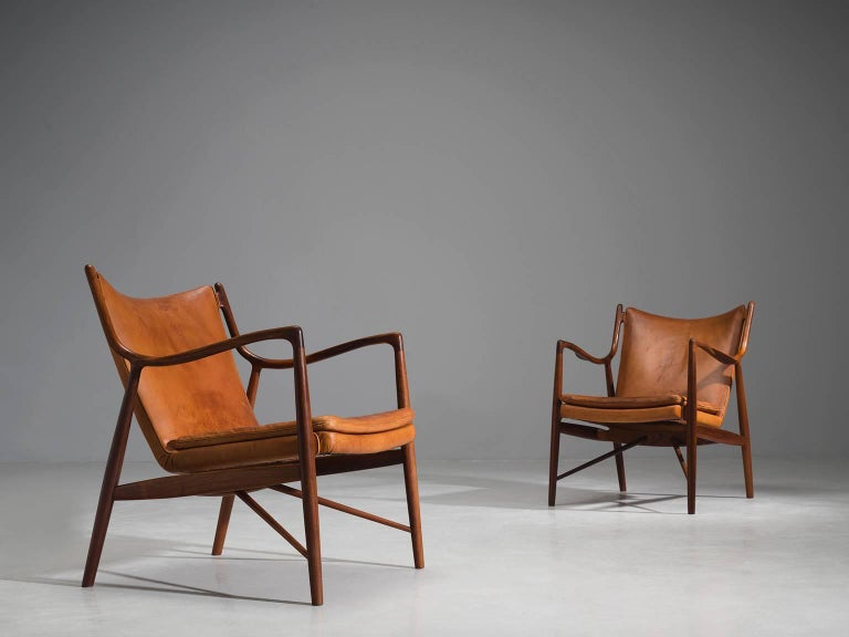 Scandinavian Modern Finn Juhl for Niels Vodder Pair of NV45 in Original Cognac Leather For Sale